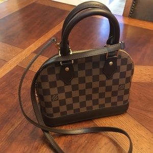 Authentic Louis Vuitton Alma B B Crossbody